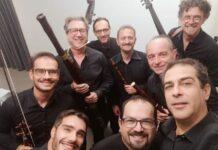 sabino manzo (al centro) con l'ensemble santa teresa dei maschi