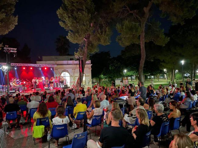 tito schipa music factory - villa comunale