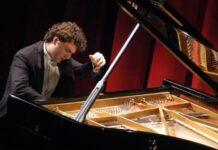 giuseppe albanese al piano